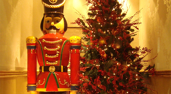 NUTCRACKER NOTOS GALLERIES
